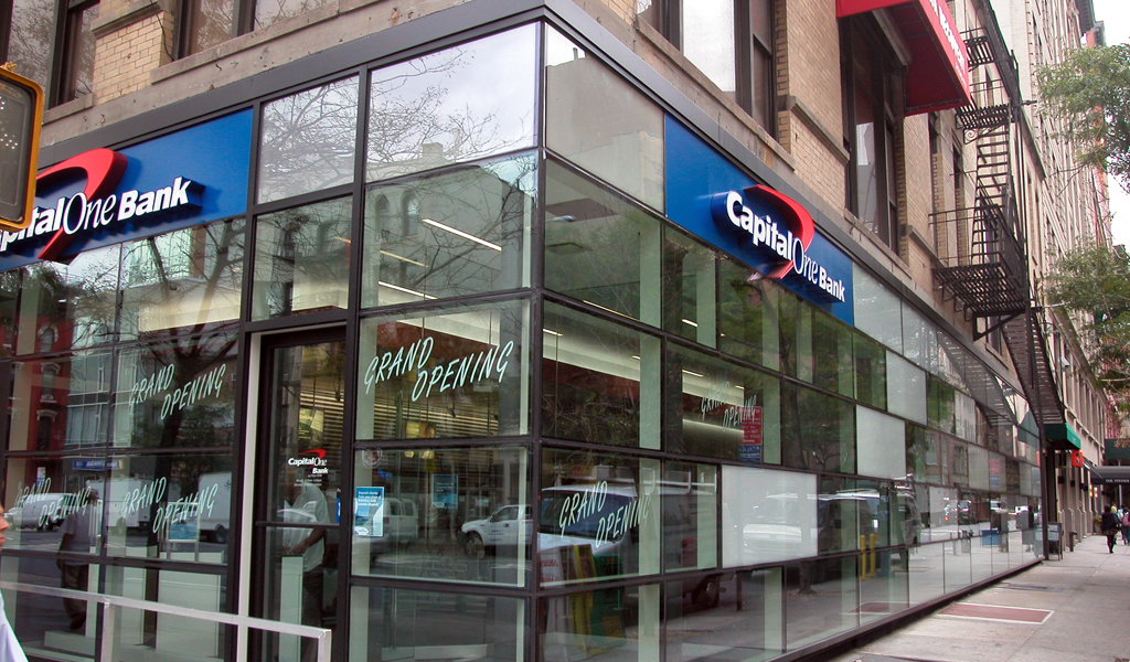 What Time Does Discount Tire Close >> CAPITAL ONE BANK HOURS | What Time Does Capital One Bank Close-Open?